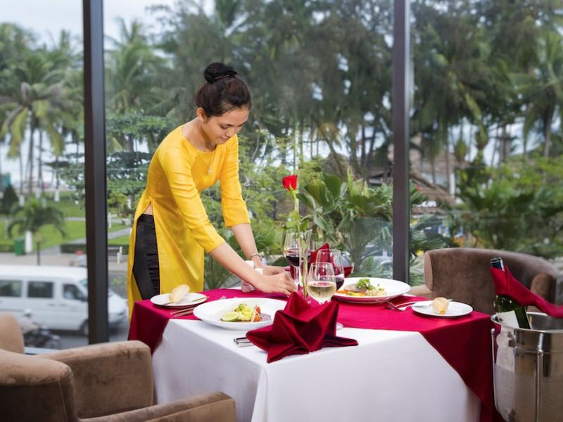 Starcity-dining_6
